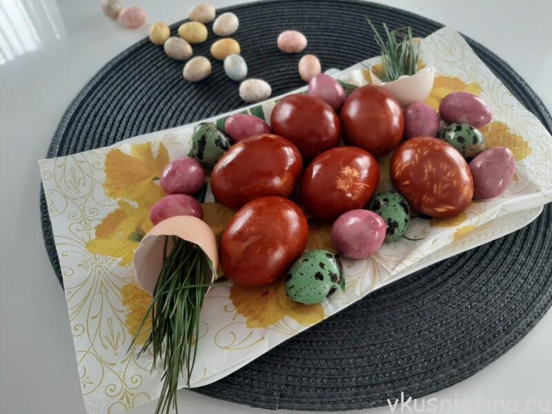 Как покрасить яйца на Пасху 2021 красиво + новые идеи покраски яиц